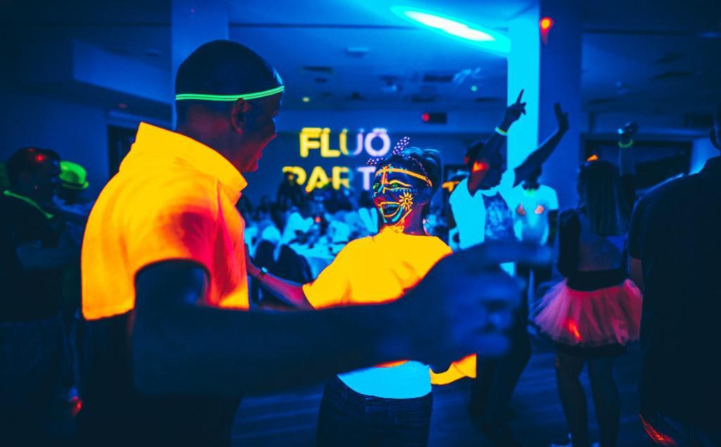 impreza fluorescencyjna, impreza fluo, impreza firmowa