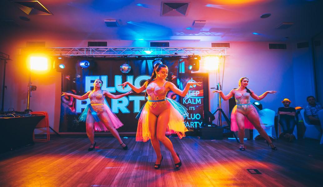 fluo dance-crew, show taneczne
