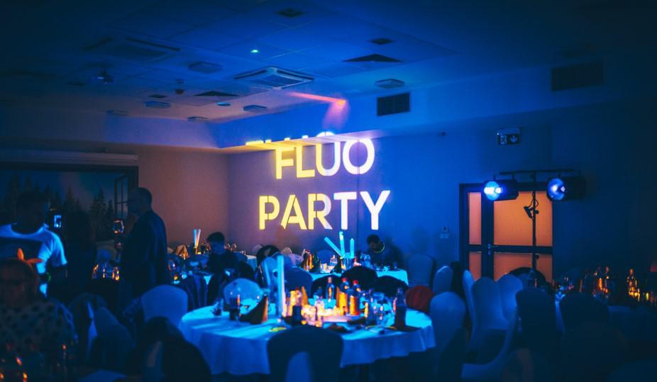 impreza integracyjna dla firmy, fluo