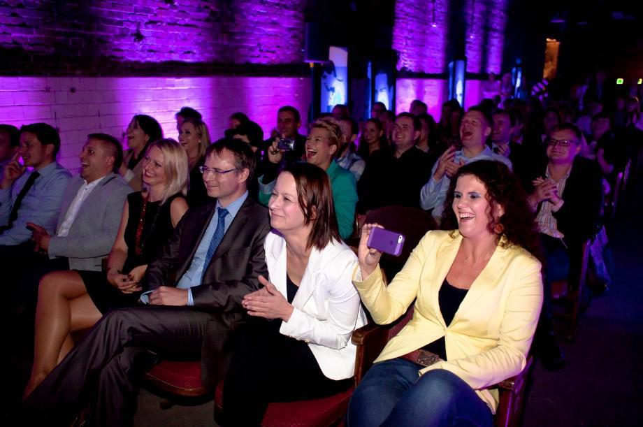 publiczność na imprezie firmowej