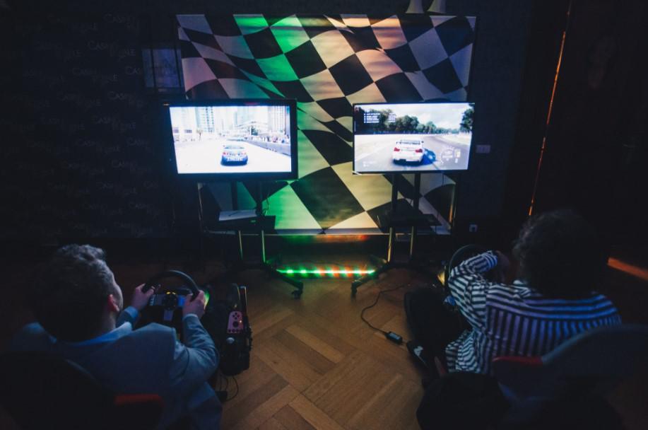 wieczory tematyczne dla firm, symulator WRC