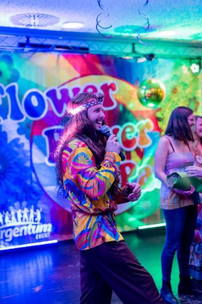 imprezy tematyczne w warszawie, hipisi