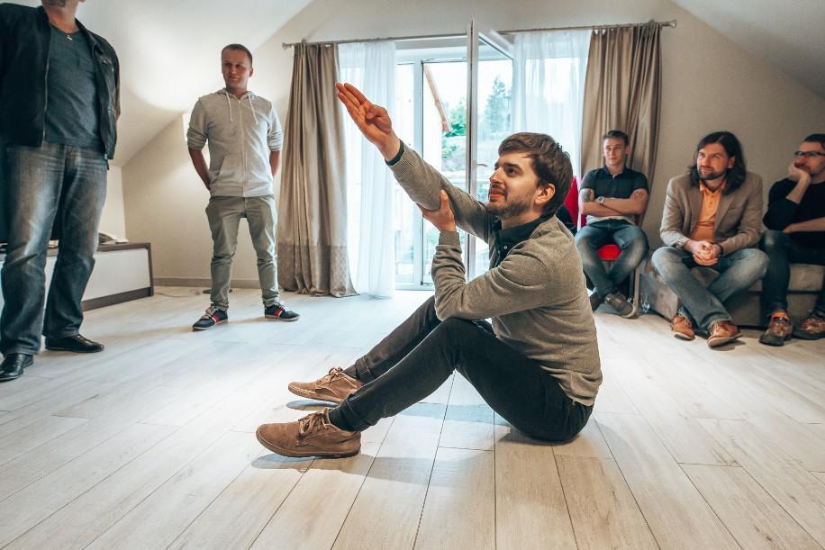organizacja warsztatów improwizacji kabaretowej, szkolenia miękkie