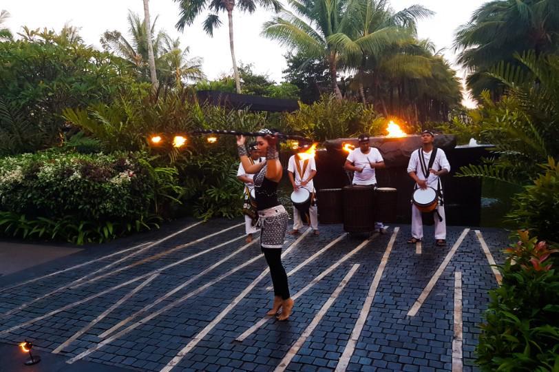 indonezja, show uliczne