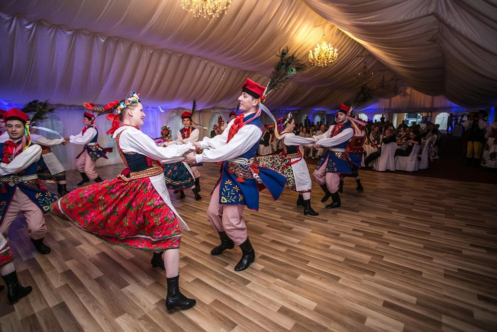 tańce ludowe, tradycyjne tańce polskie, pokaz na evencie