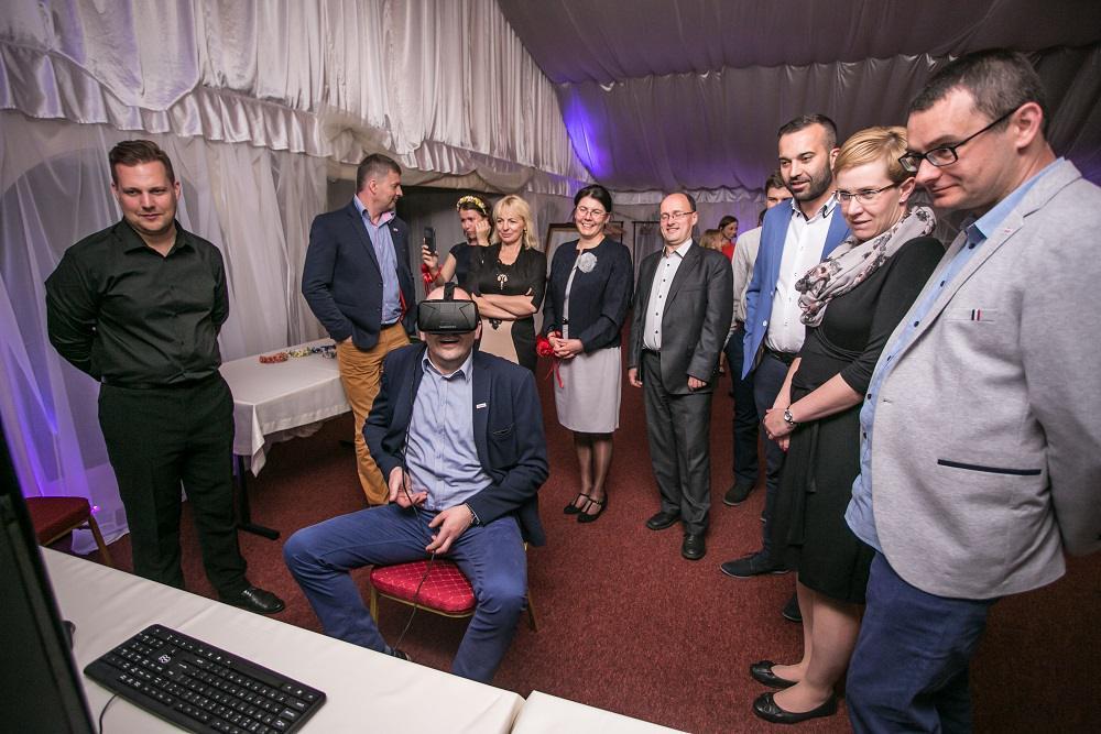 okulary VR, wirtualna rzeczywistość