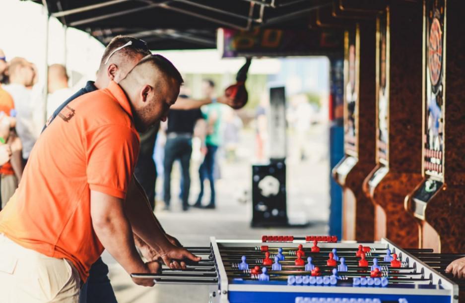 piłkarzyki, bawarski event, święto piwa