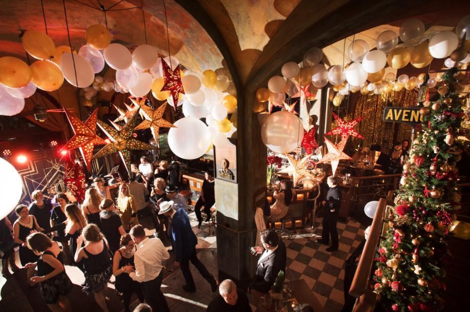 dekoracja sali na imprezę Wielki Gatsby