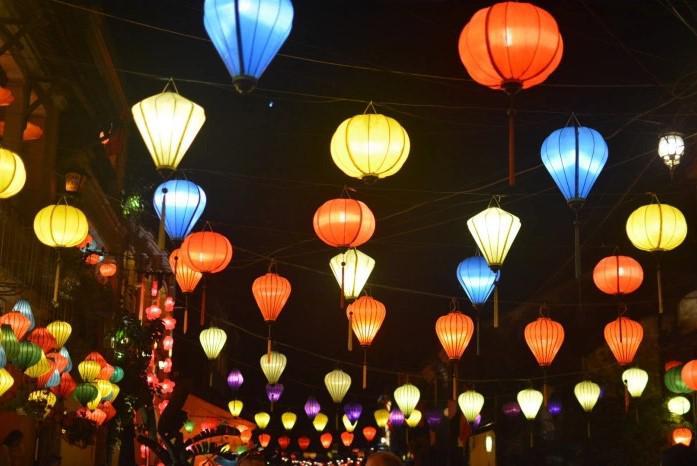 incentive travel wietnam, lampiony w wietnamie