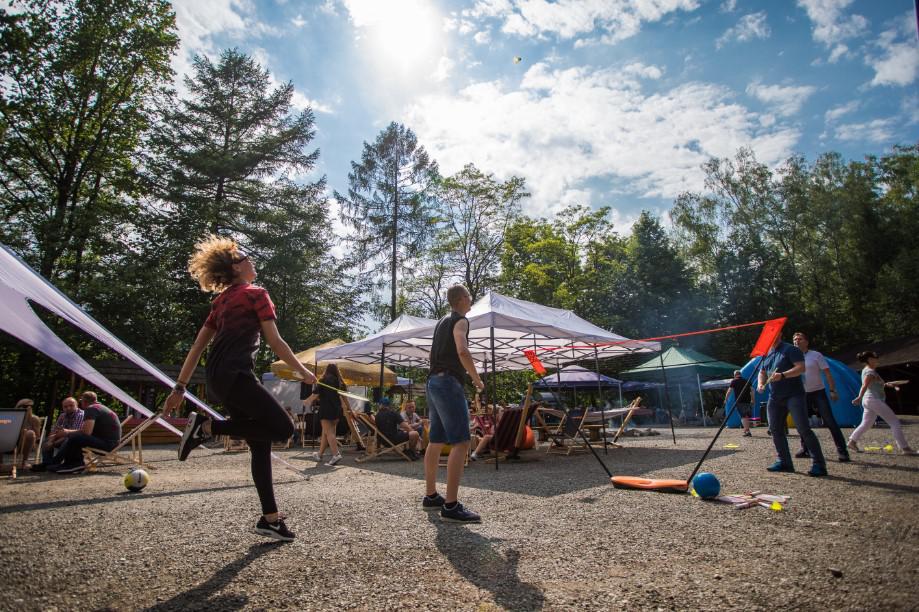 aktywności sportowe, event integracyjny, plener, piknik
