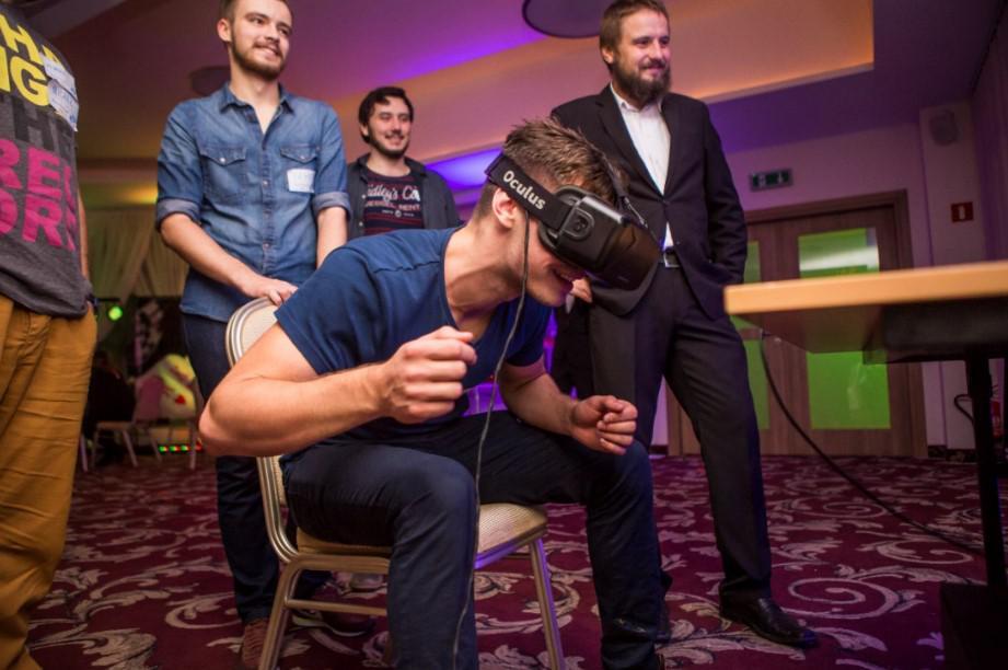 oculus 3D, okulary trójwymiarowe