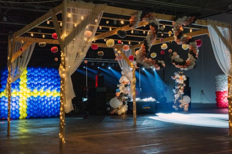 scena na evencie jubileuszowym z okazji 25-lecia firmy ikea