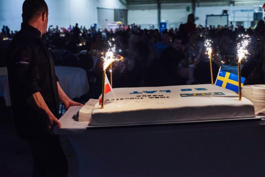 tort z okazji 25-lecia ikei na evencie jubileuszowym