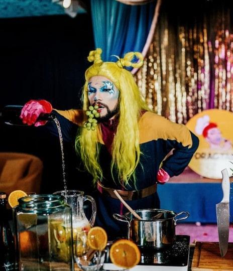 drag queen online