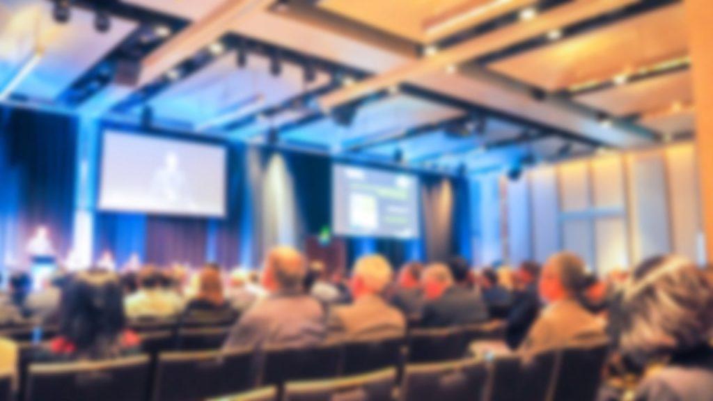 audytorium na konferencji firmowej
